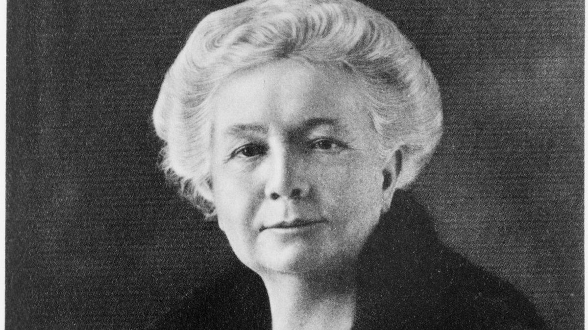 Anna Bissell, první žena-ředitelka