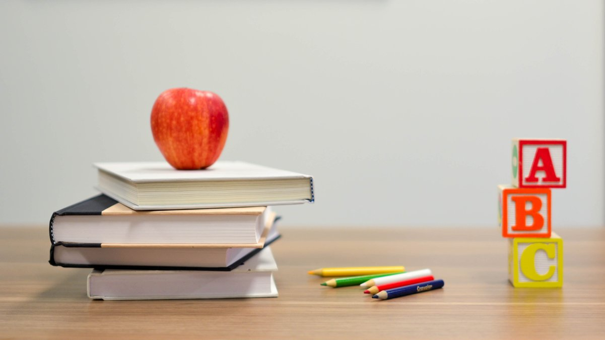 Back to school - cleaning tips for after the school holidays
